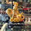 Chó vàng tài lộc ôm trăng vàng C008A