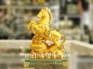Vua ngựa vàng kim sa bóng trên bồn tụ bảo vàng đế thủy tinh LN133