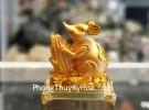 Chuột đế thuỷ tinh ôm bắp vàng TM019
