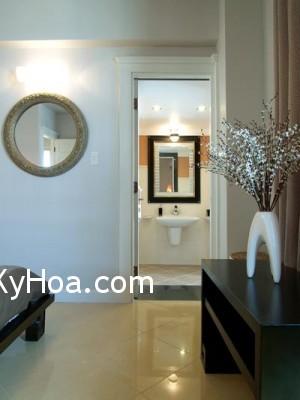 h1 Khi gương đối diện với cửa chính