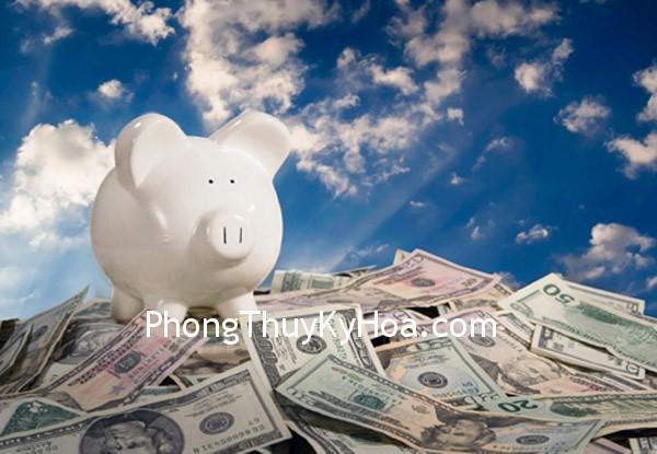 1328004373 dengi1 Vì sao tiền bạc lại ra khỏi nhà?