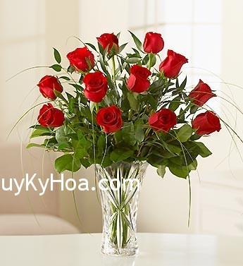 binh hoa hong Bông hồng có phải là biểu tượng của hành Thủy?