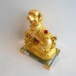 C033A tuong cho vang nho 2 150x150 Chó vàng trên bao tải vàng đế thủy tinh C033A
