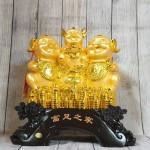 ln028 gia dinh heo vang 2 150x150 Tam tiên heo vàng trên đống tiền LN028