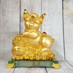 ln034 heo vang bon tu bao 2 150x150 Vua heo vàng ôm hũ vàng trên đế thủy tinh LN034