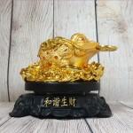ln102 coc vang lung diem ngoc 2 150x150 Thiềm thừ vàng lưng điểm hồng ngọc trên bụi sen vàng đế gỗ xoay LN102