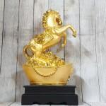 ln123 ngua vang tren kim nguyen bao 1 150x150 Vua ngựa vàng bóng trên kim nguyên bảo khủng LN123