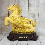 ln127 vua ngua kim sa 2 150x150 Vua ngựa kim sa vàng bóng trên đá vàng đế gỗ LN127