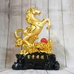 ln128 ngua vang chau do 2 150x150 Vua ngựa vàng bóng trên núi mẫu đơn vàng hồng ngọc đế gỗ LN128