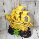 ln139 thuyen buom dau rong sa kim 150x150 Thuyền buồm đầu rồng vàng kim sa bóng lướt sóng vàng bánh lái xanh ngọc LN139