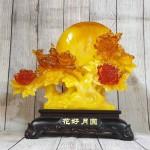 ln211 gio hoa mau don 2 150x150 Cây mẫu đơn hoa đỏ bên trăng vàng và uyên ương LN211